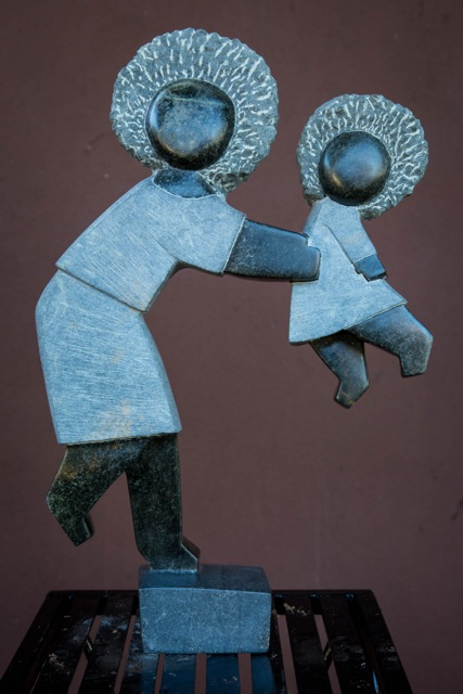 DOMINIC BENHURA - HAPPY MEMORIES - Zimbabwe stone sculpture